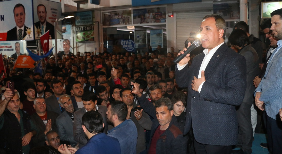 AK Parti'den Dev Miting
